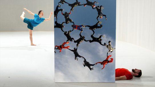 dance performance / media art
